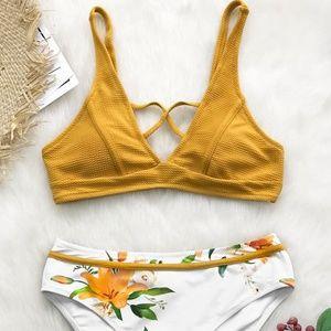 Cupshe Sunny Bay Floral Bikini